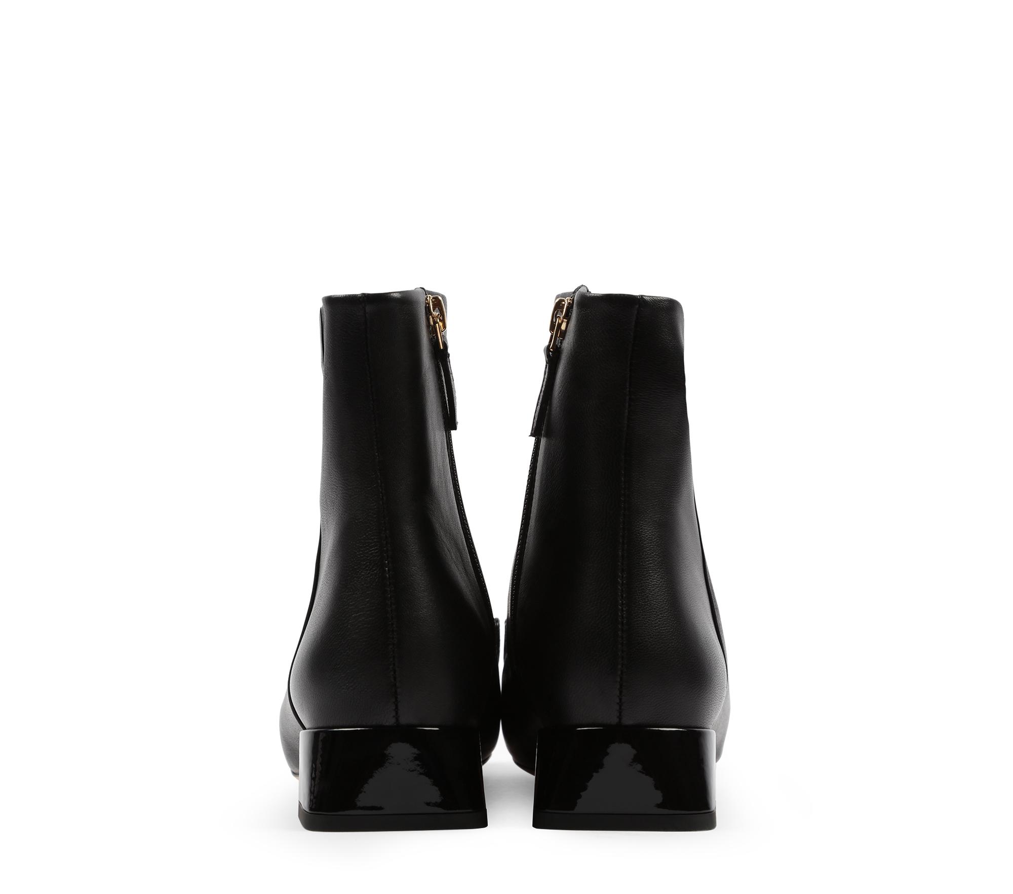 Maksim boots