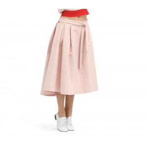 Skirt with belt at the waist