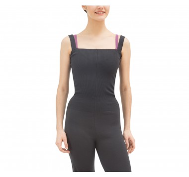 Jumpsuit with large straps