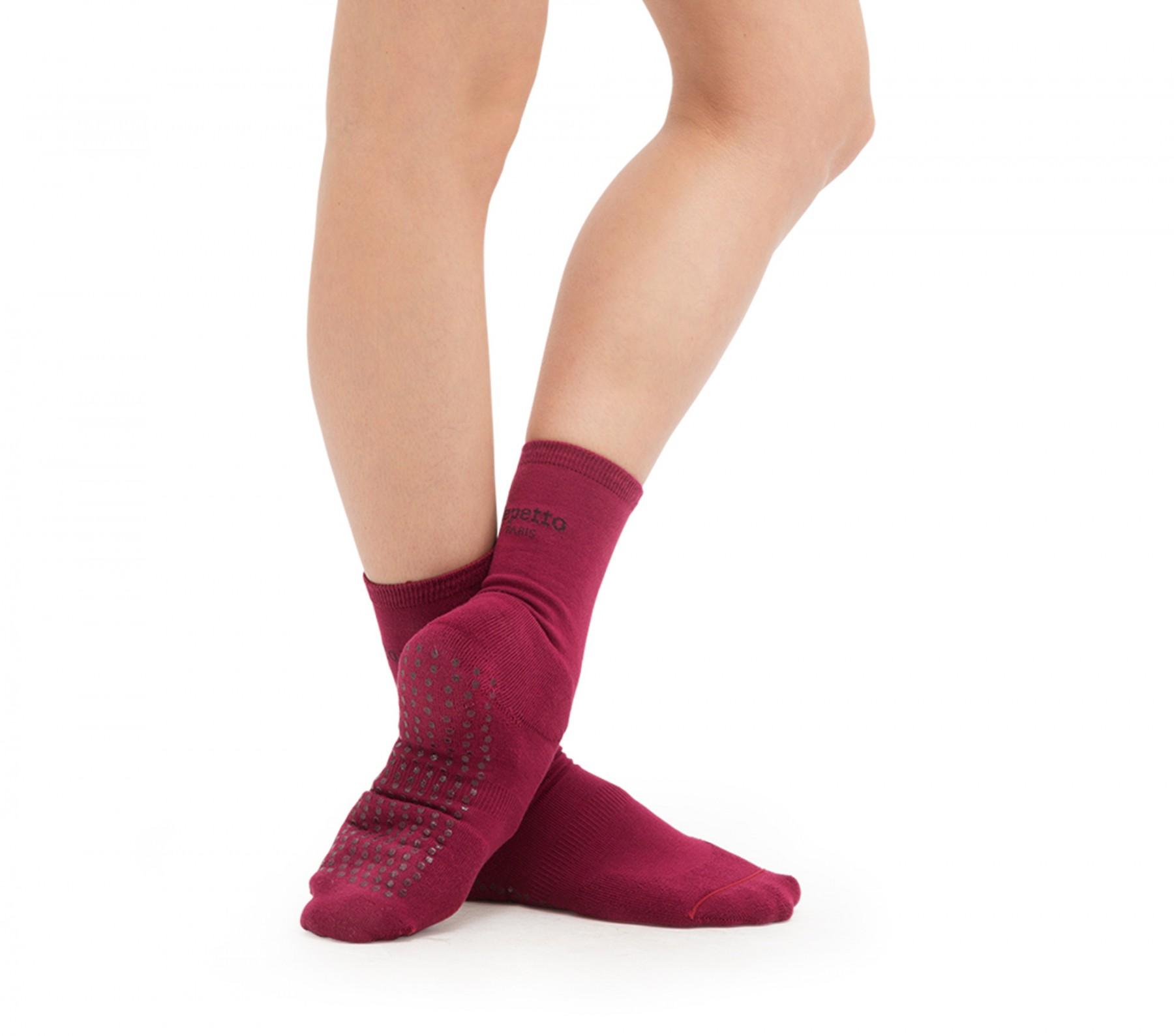 Anti slippery socks for warming up