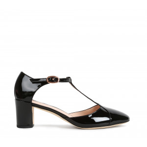 Giulieta T-strap shoes