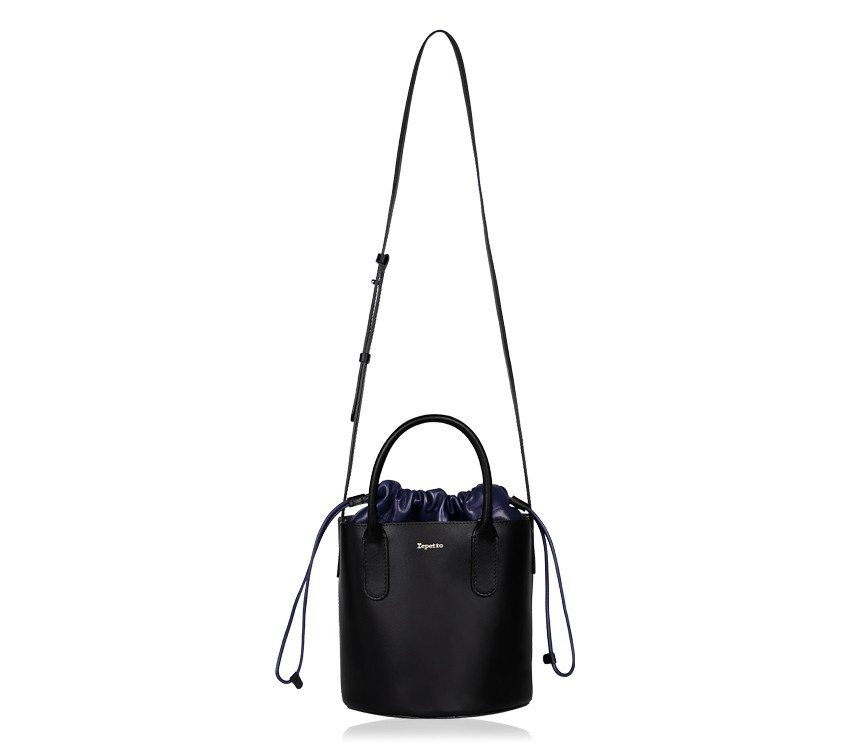 Manège Bucket bag