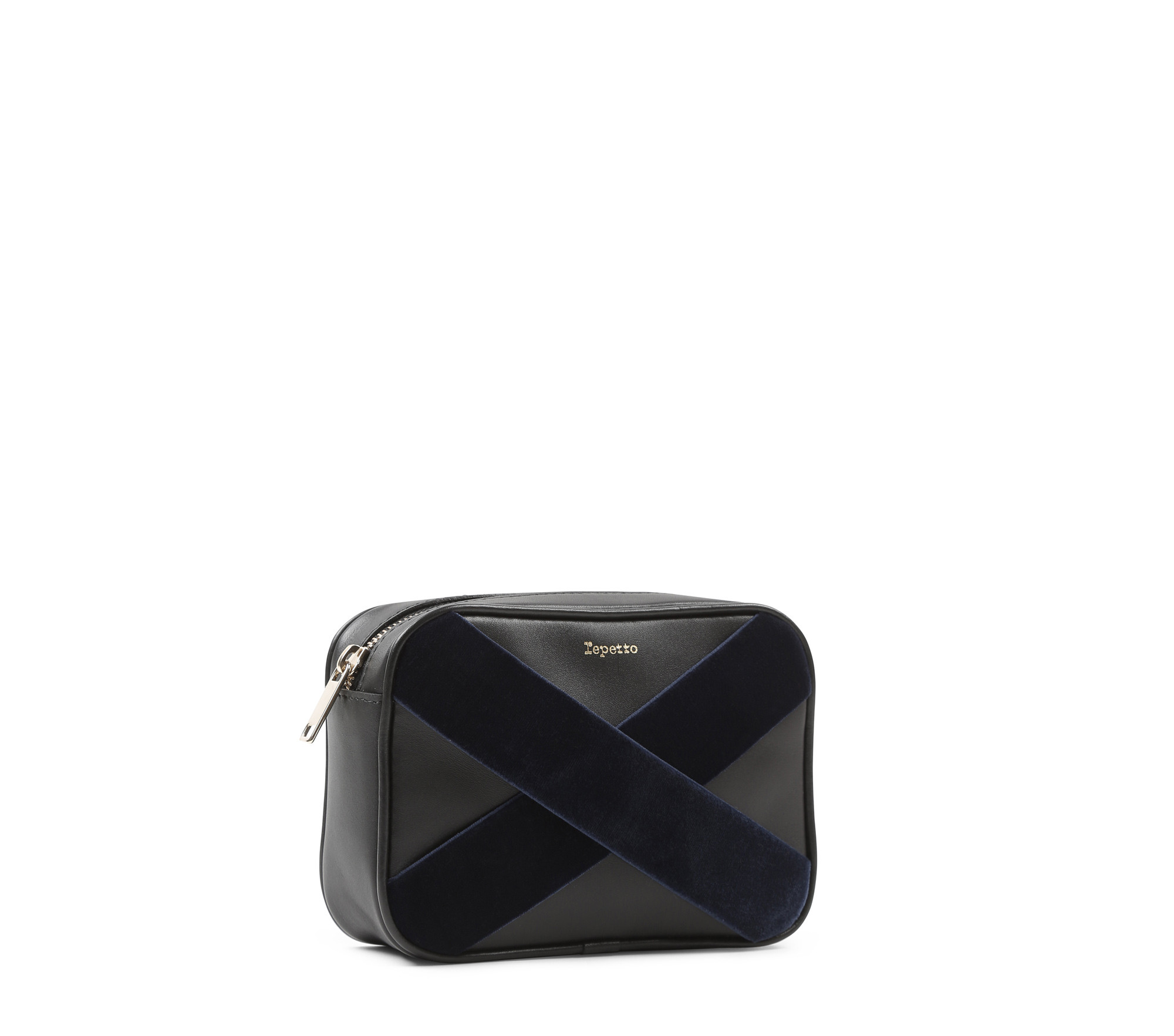 Adage clutch bag