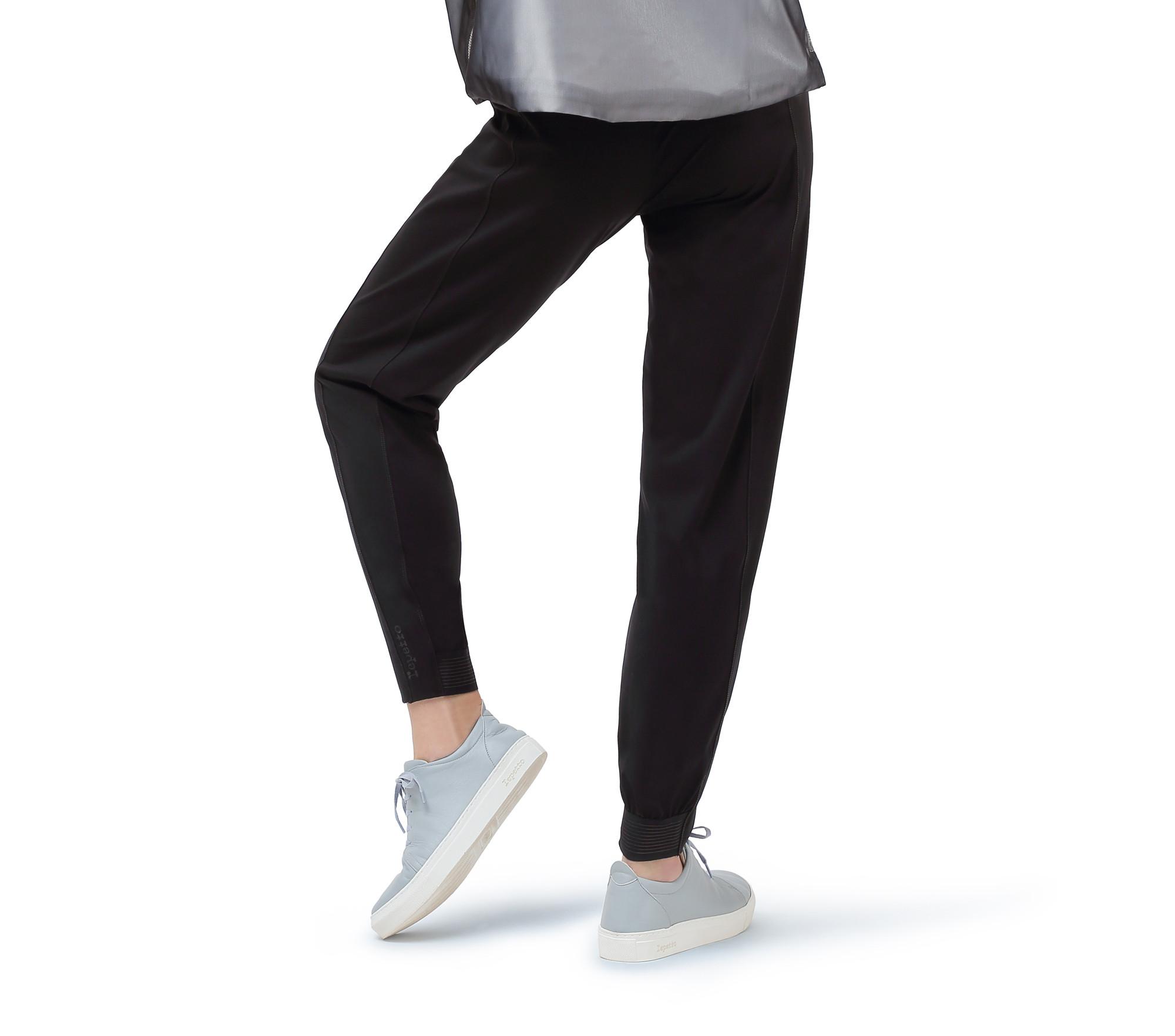 Hi-stretch pants
