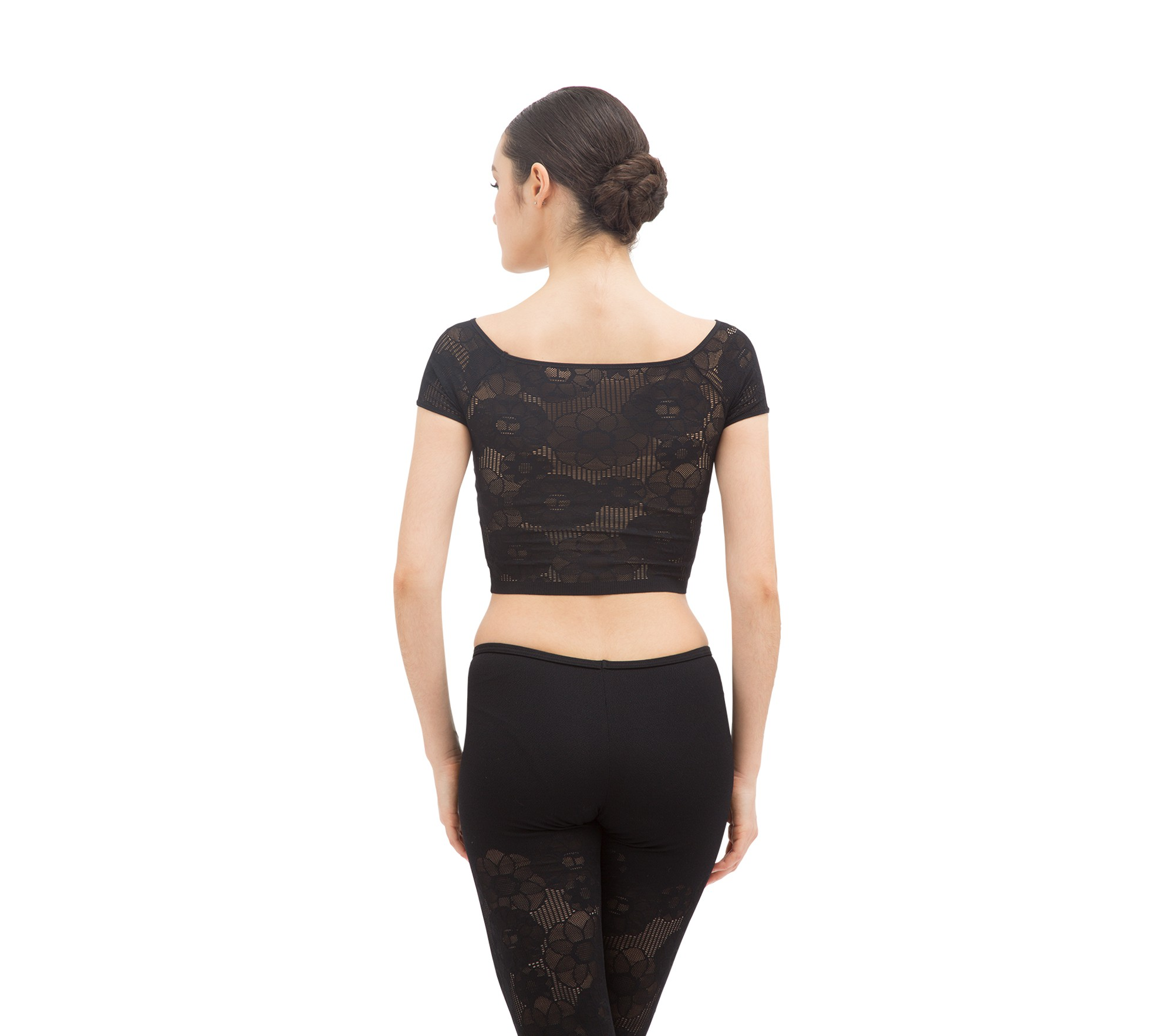 Short top in rosette lace