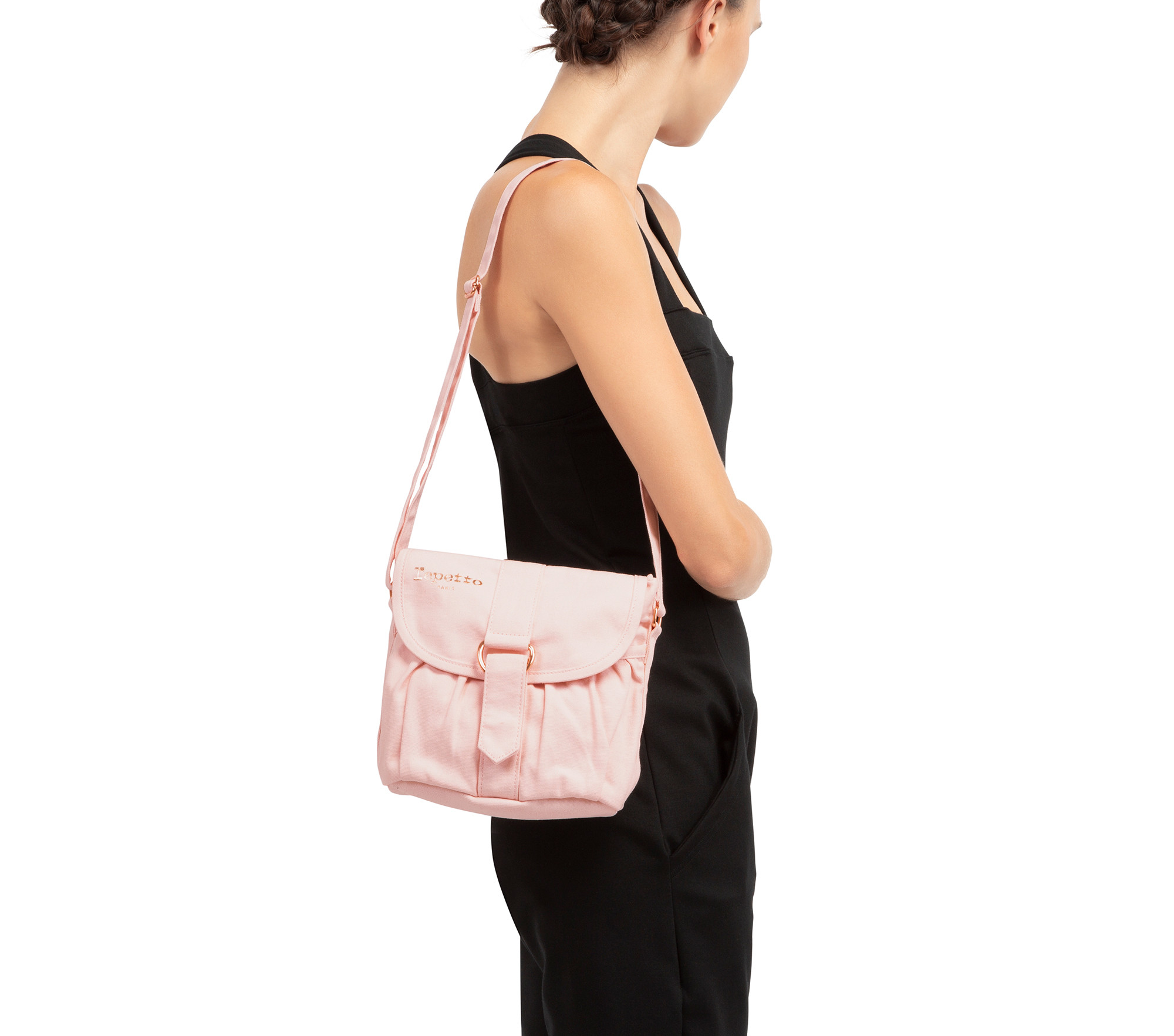 Pirouette shoulder bag